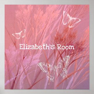 purpurfärgade rosa flicka rumfjärilar i en äng poster