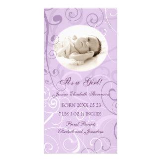 Purpurfärgat meddelande för födelse för fotomallny fotokort