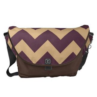 Purpurfärgat sparreZigzap mönster Messenger Bag