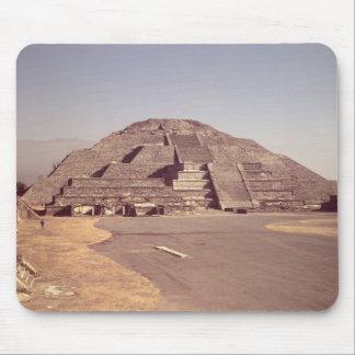 Pyramid av månen, byggd ANNONS c.100-350 Musmatta