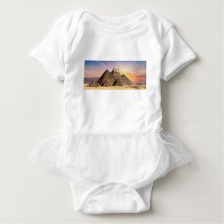 pyramider t shirt