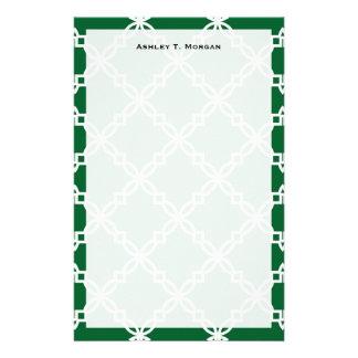 Quatrefoil för grön vit för skog stort utsmyckat brevpapper