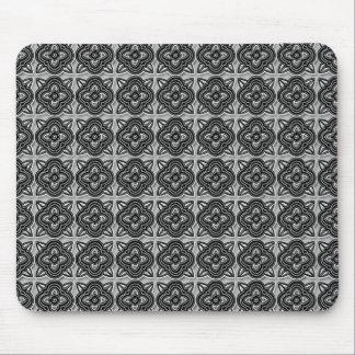 Quatrefoils svart på silver musmatta