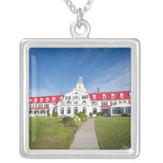 Quebec Kanada. Historiskt hotell Tadoussac, Silverpläterat Halsband