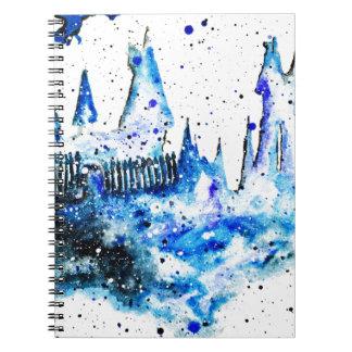 Räcka målade blått den medeltida anteckningsbok med spiral