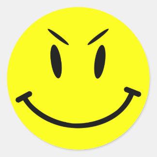 Räckviddlockklistermärke, ond smiley face, stil 1 runt klistermärke