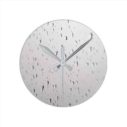 raindrops on glass rund klocka