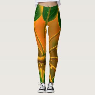 Raindrops på löv, goldenrod bakgrund leggings