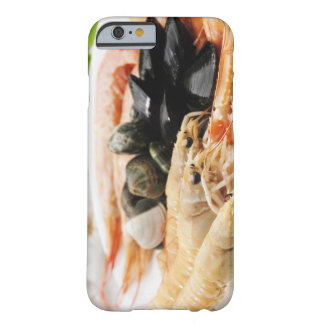 Räka och musslor barely there iPhone 6 skal