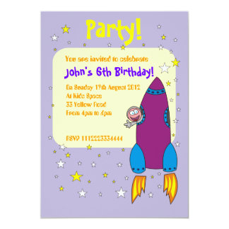 Raketfödelsedagsfest inbjudan, utrymmefrakt 12,7 x 17,8 cm inbjudningskort