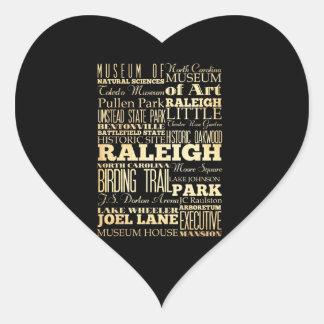 Raleigh stad av North Carolina statlig typografi Hjärtformat Klistermärke