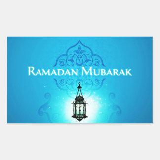 Ramadan Mubarak i härlig blåttbakgrund Rektangulärt Klistermärke