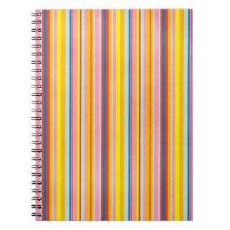 Randar för popkonstregnbåge sätta en klocka på den anteckningsbok