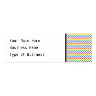 Randar med regnbågefärger set av smala visitkort