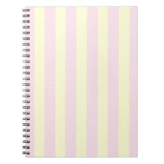Randig anteckningsbok för rosor & för gult