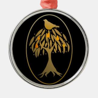 Rapphöna i ett guld för Pearträd Julgransprydnad Metall