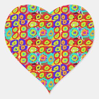 RealitetENERGI pricker n cirklar mönster vid Hjärtformat Klistermärke