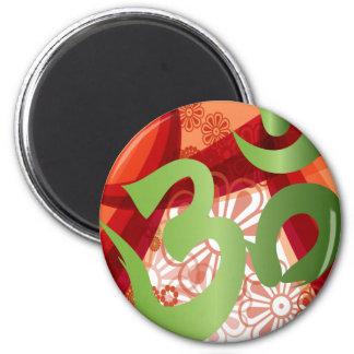 Red-Orange-Bg_Green-Om Magnet Rund 5.7 Cm