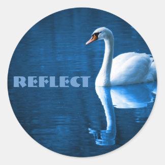 Reflektera klistermärkear runt klistermärke