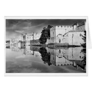 Reflexioner från ett majestätiskt slott B&W Hälsningskort