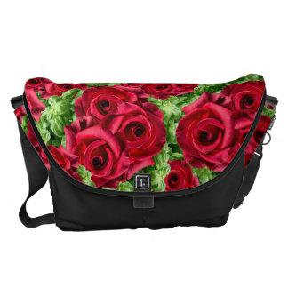 Regal romanska Crimson frodiga blommor för Messenger Bag