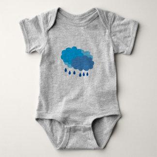 Regna molnvesten t-shirts