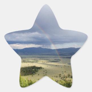 Regnbåge i den storslagna Teton nationalparken Stjärnformat Klistermärke