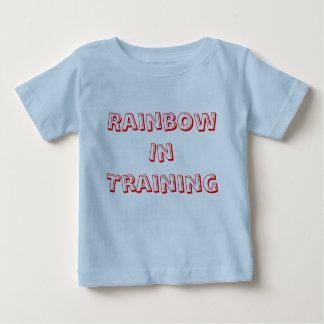 Regnbåge i utbildning tshirts