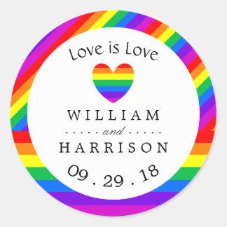 Regnbågehjärtakärlek är att gifta sig för kärlek runt klistermärke