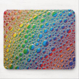 Regnbågen av färgrikt bubblar musen vadderar musmatta