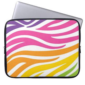 Regnbågezebra tryck laptop sleeve
