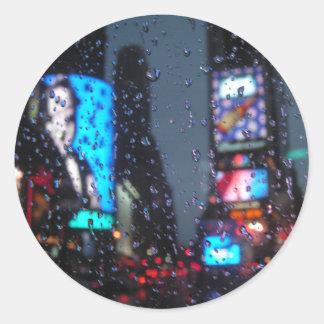 Regnigt beskåda runt klistermärke