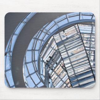 Reichstag avspeglade kupolen - Berlin Musmatta