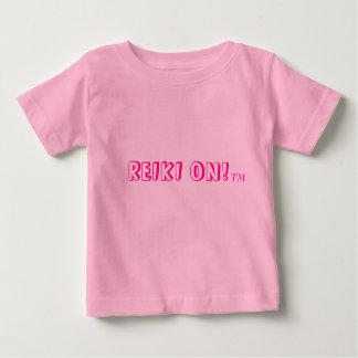 Reiki för bebis t shirts