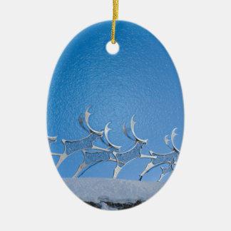 Ren Ovalformad Julgransprydnad I Keramik