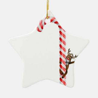 Ren på candy cane stjärnformad julgransprydnad i keramik