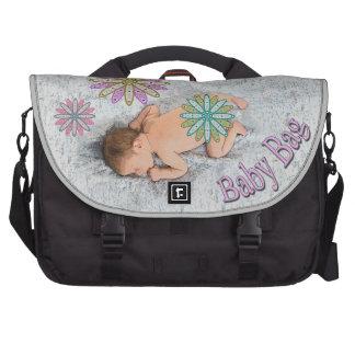 Retro 70-tal som sovar babyen på filtblöjan bags för laptop