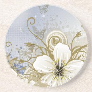 Retro blommigt för gullig blåttbrunt, fjärilar glasunderlägg
