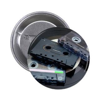 Retro design för 80-tal - ljudsignalkassetten standard knapp rund 5.7 cm