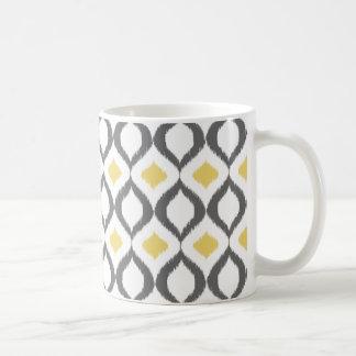 Retro geometriskt mönster för Ikat gultgrått Kaffemugg