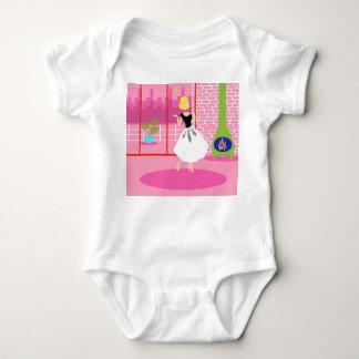 Retro i den rosa begynna rankan t-shirt