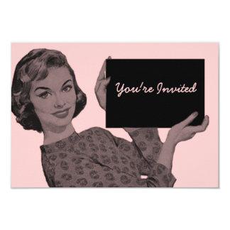 Retro kvinna med en Clipboardfödelsedag 8,9 X 12,7 Cm Inbjudningskort