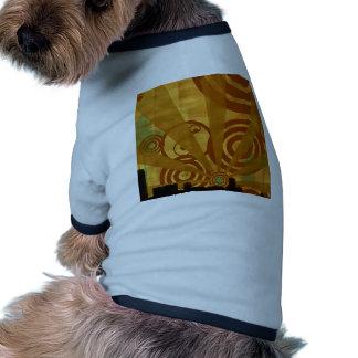 Retro ljust vid liv för abstrakt stad hund t-shirt