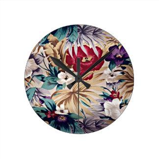 Retro tropiskt blommamönster rund klocka