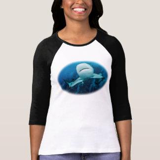 Revhajkvinna skjorta för T T Shirts