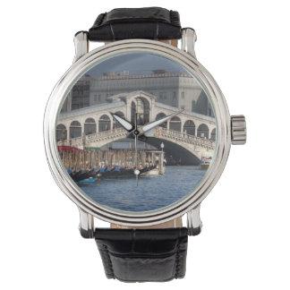 Rialto överbryggar den Venedig italien Armbandsur