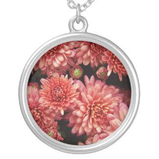 Rika röda Chrysanthemums Silverpläterat Halsband