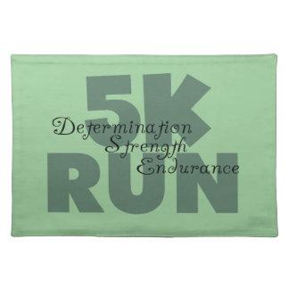 rinnande gröntsportar för springa 5K Bordstablett