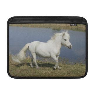 Rinnande Near vatten för miniatyrhäst Sleeve För MacBook Air