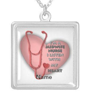 Röd hjärta för barnmorskasjuksköterska halsband med fyrkantigt hängsmycke